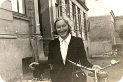 Occupied Oslo 1941. She joined the Resistance the following year